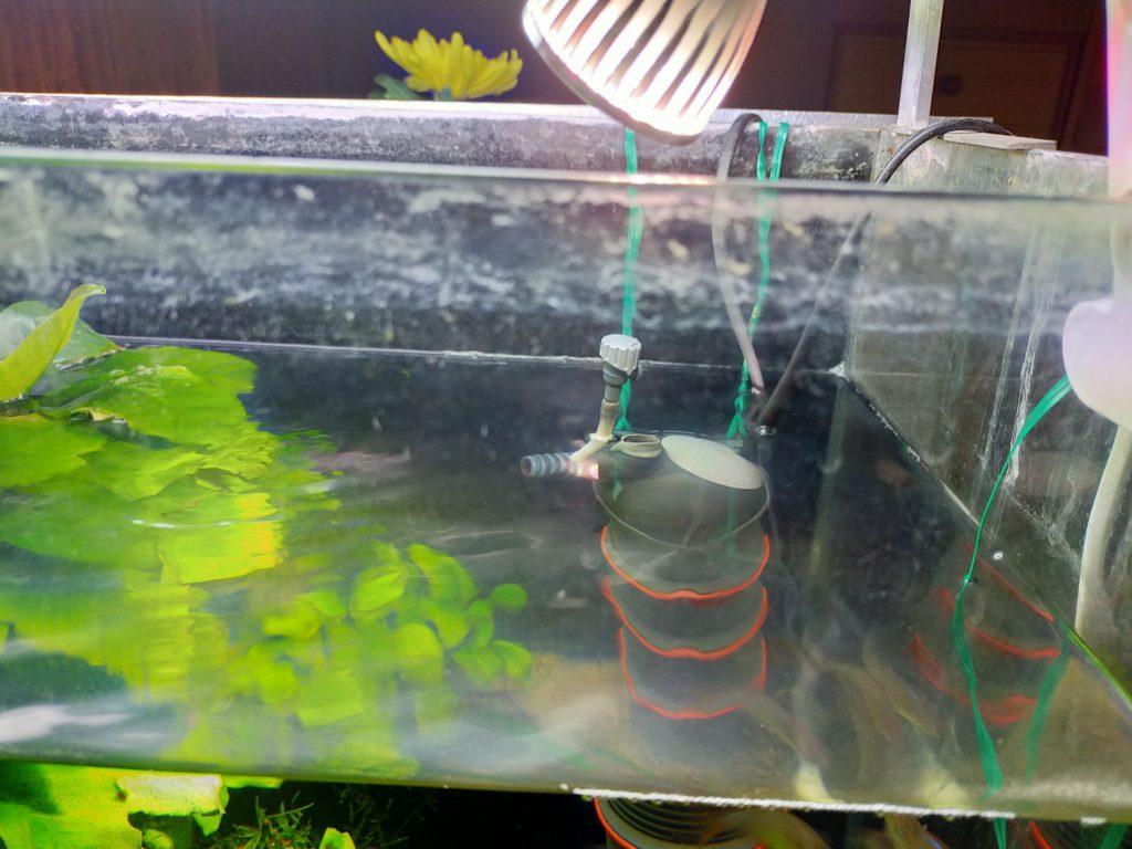 水槽ガラス面の汚れ